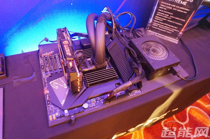 Gigabyte-C621-AORUS-Xtreme-Motherboard-Event-7